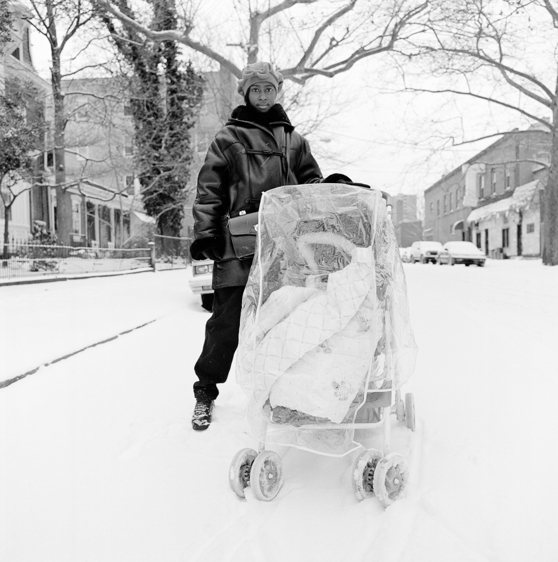 black-white-portraits-woman-stroller-winter
