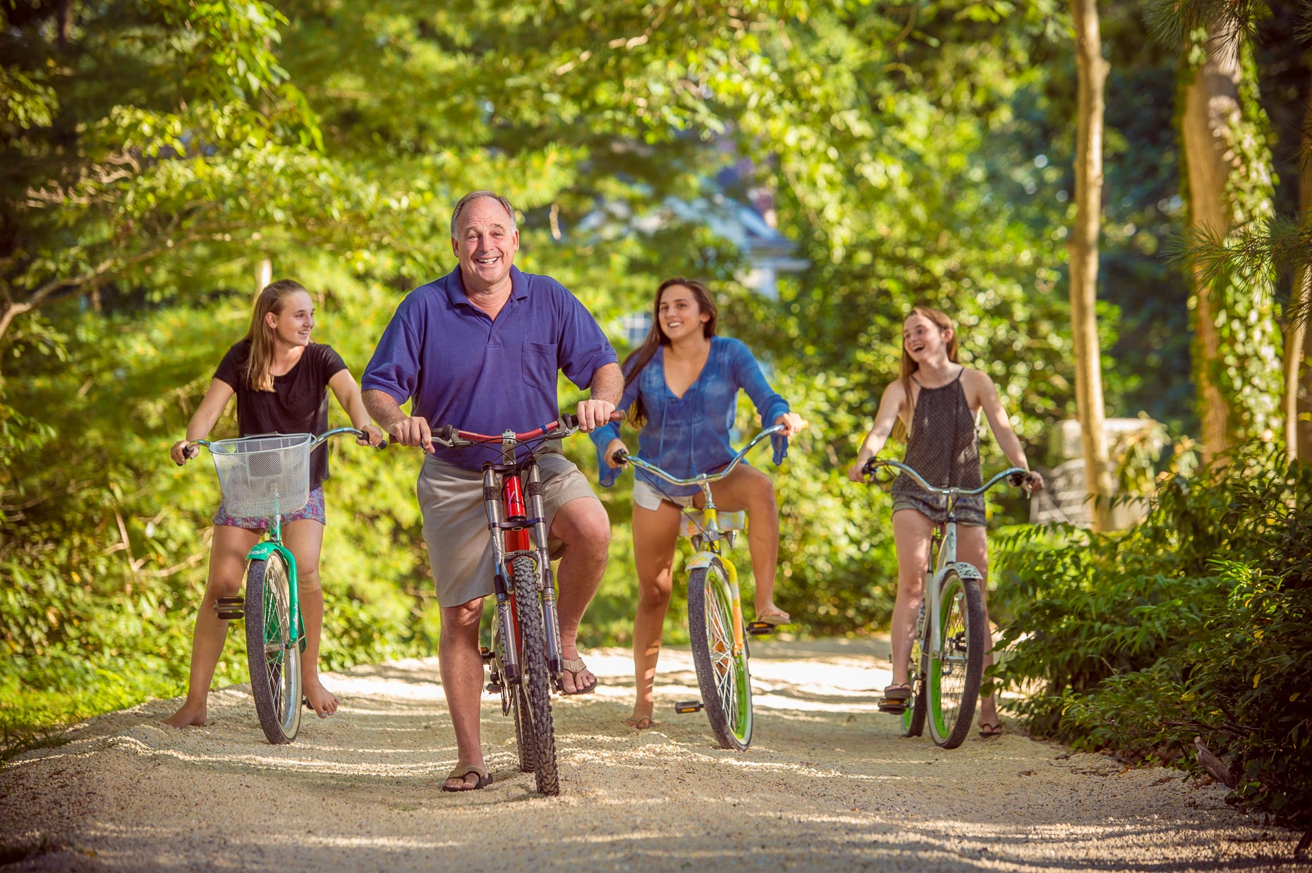 Biking Family Portrait | Editorial Photographer Dave Moser