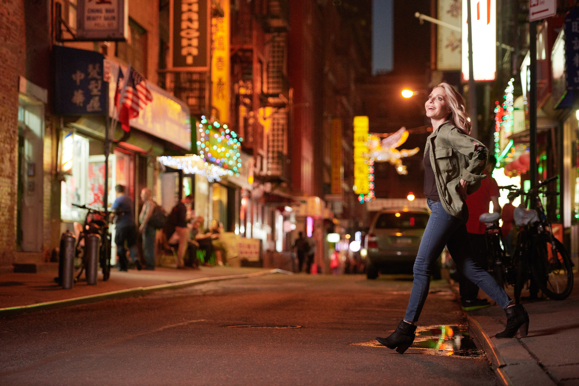 Gabby Bernstein in Chinatown NYC | editorial photographer