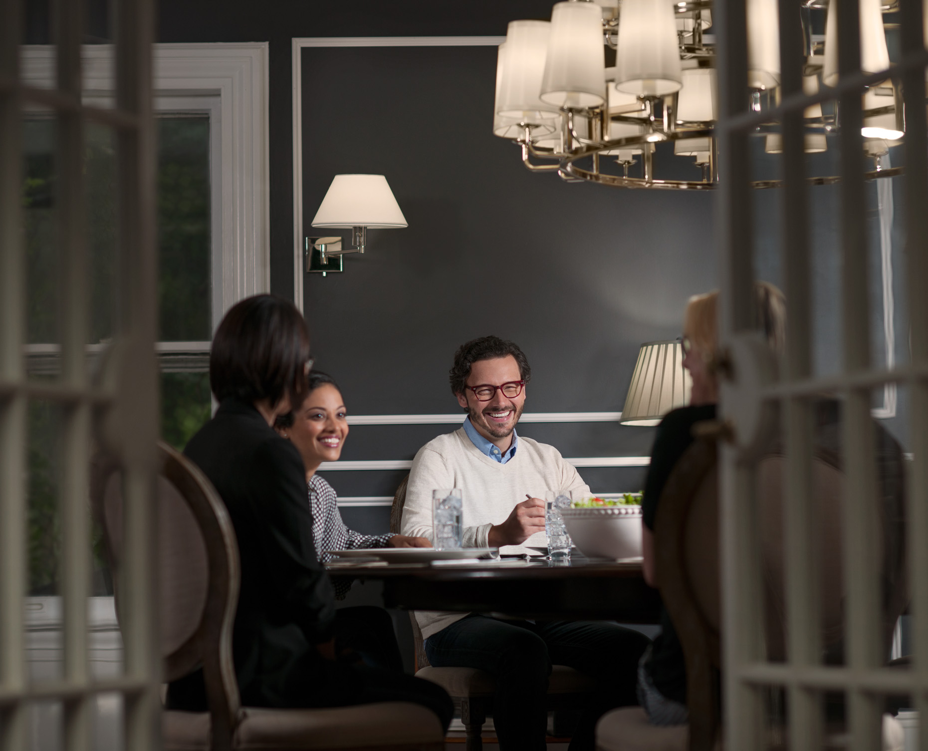 Dinner Friends | Philips LED | Commercial Photographer