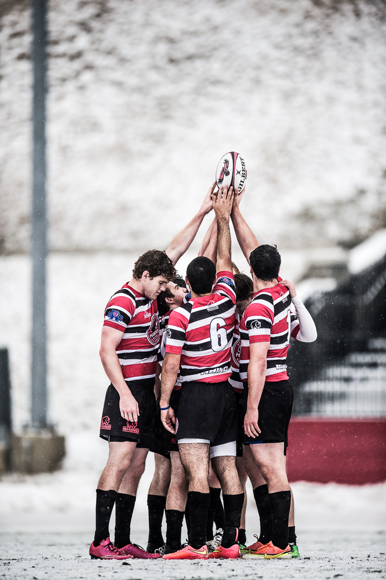 commercial-rugby-team-sports-men-huddle