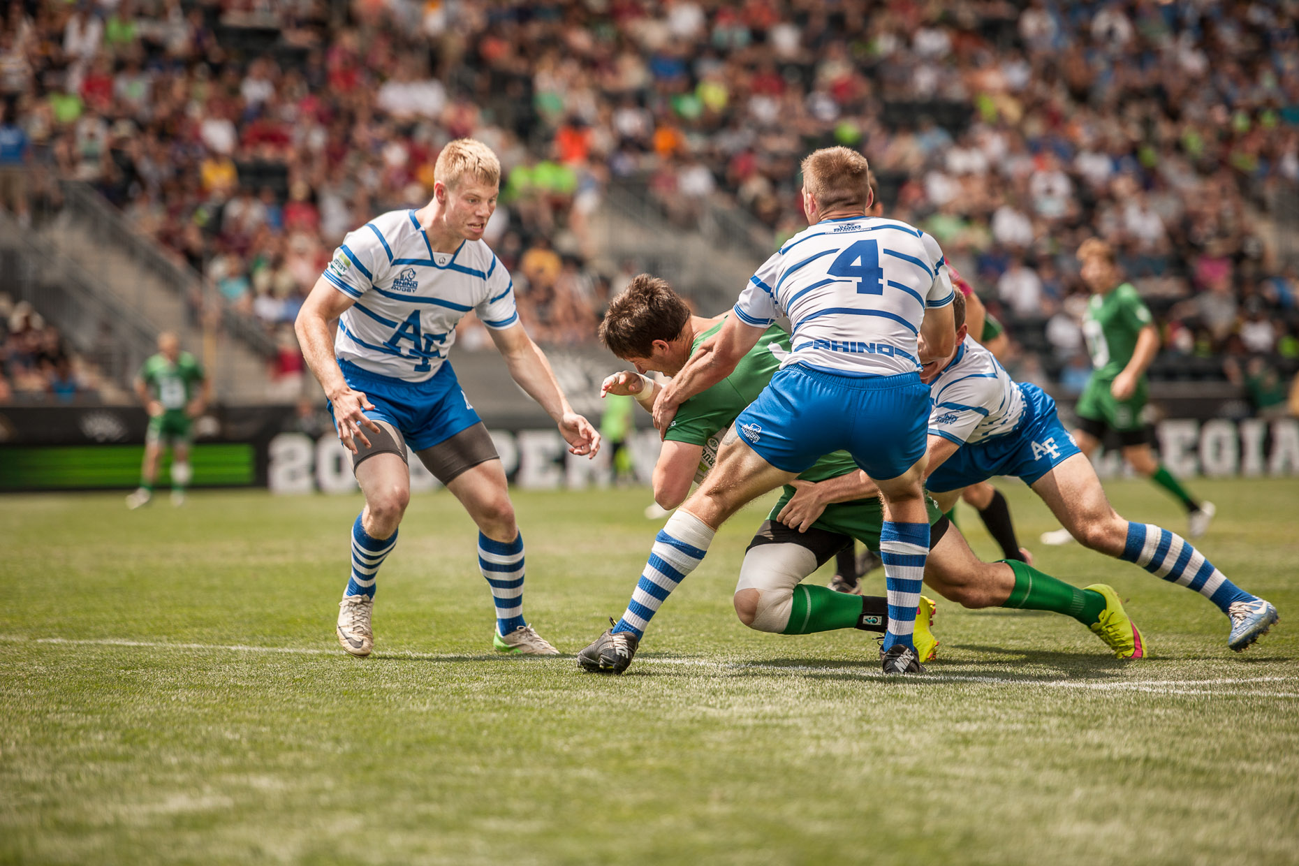 commercial-rugby-team-sports-tackle