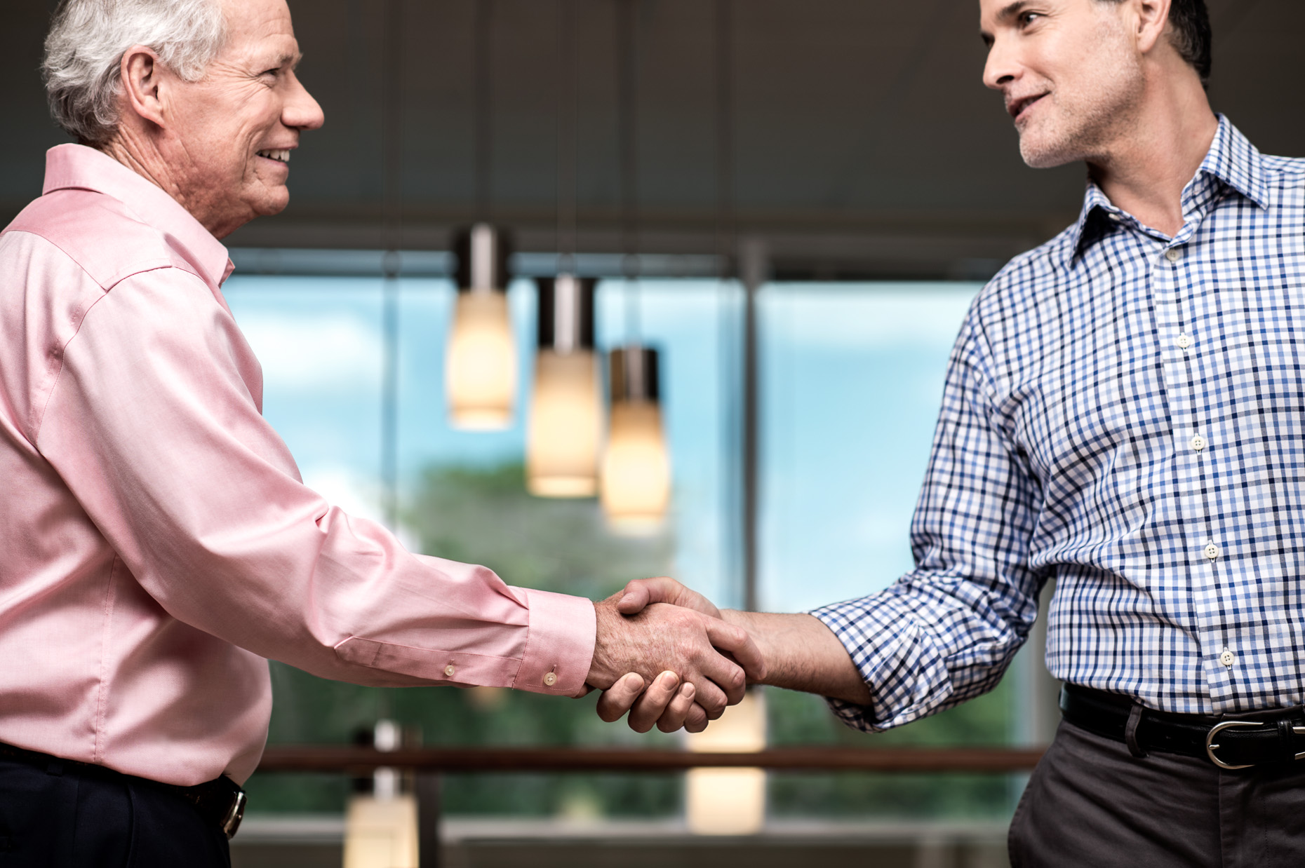 corporate-advertising-handshake-portrait