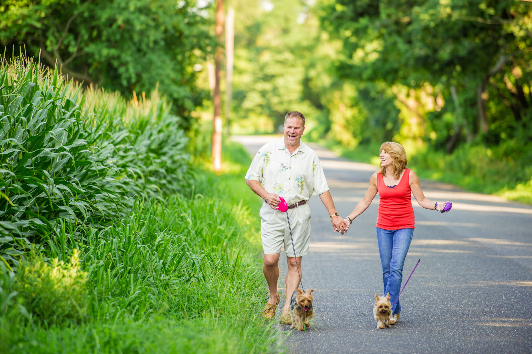 Editorial - Couple walking dogs - portraits