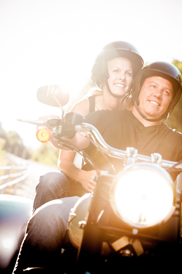 Editorial Photographer - Portrait of couple - motorcycle - flare - lifestyle