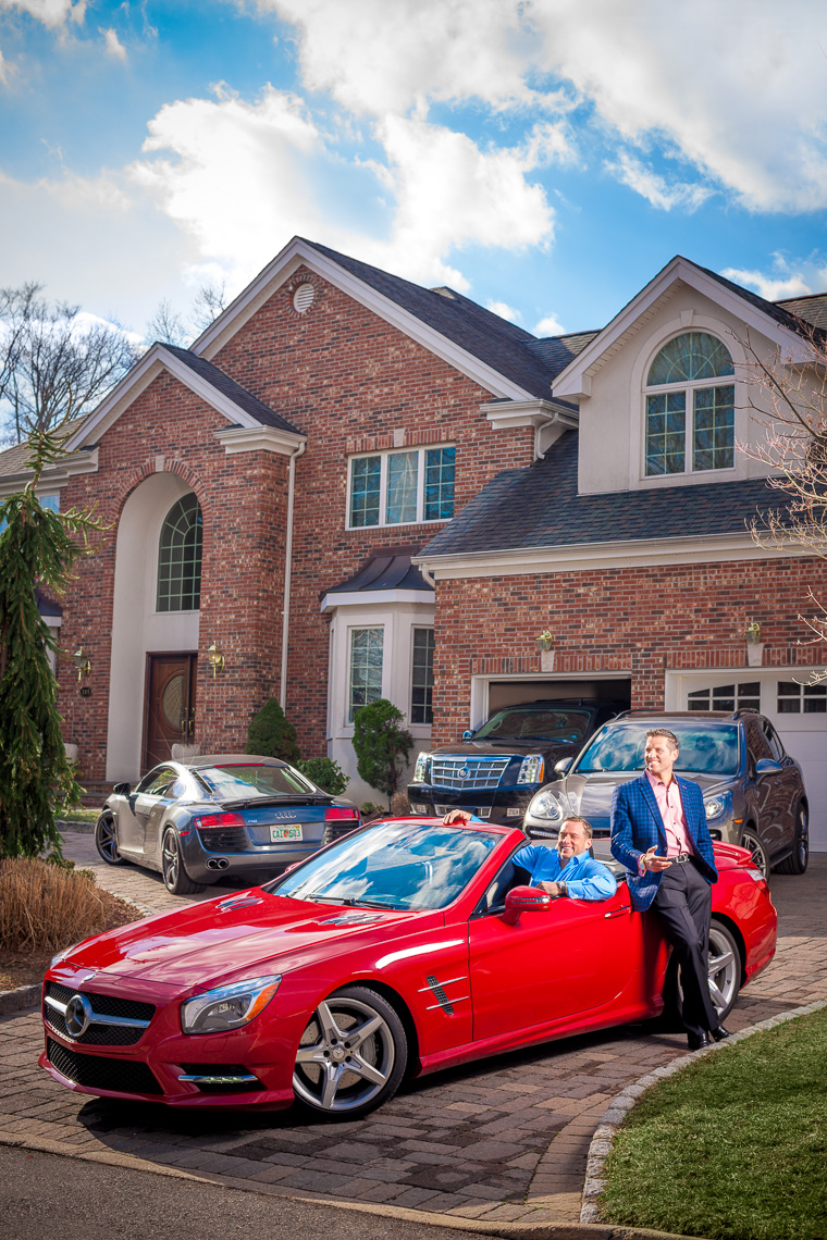 editorial-portraits-brothers-cars-house