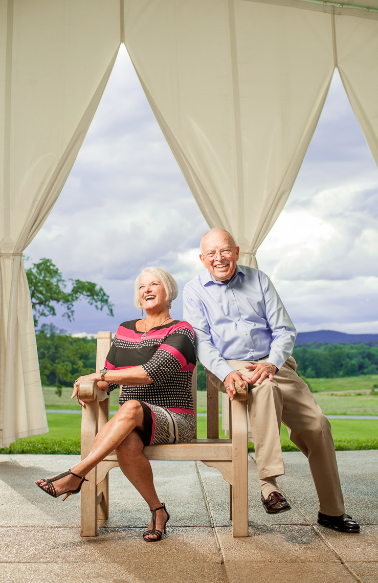 editorial-portraits-elderly-couple-chair