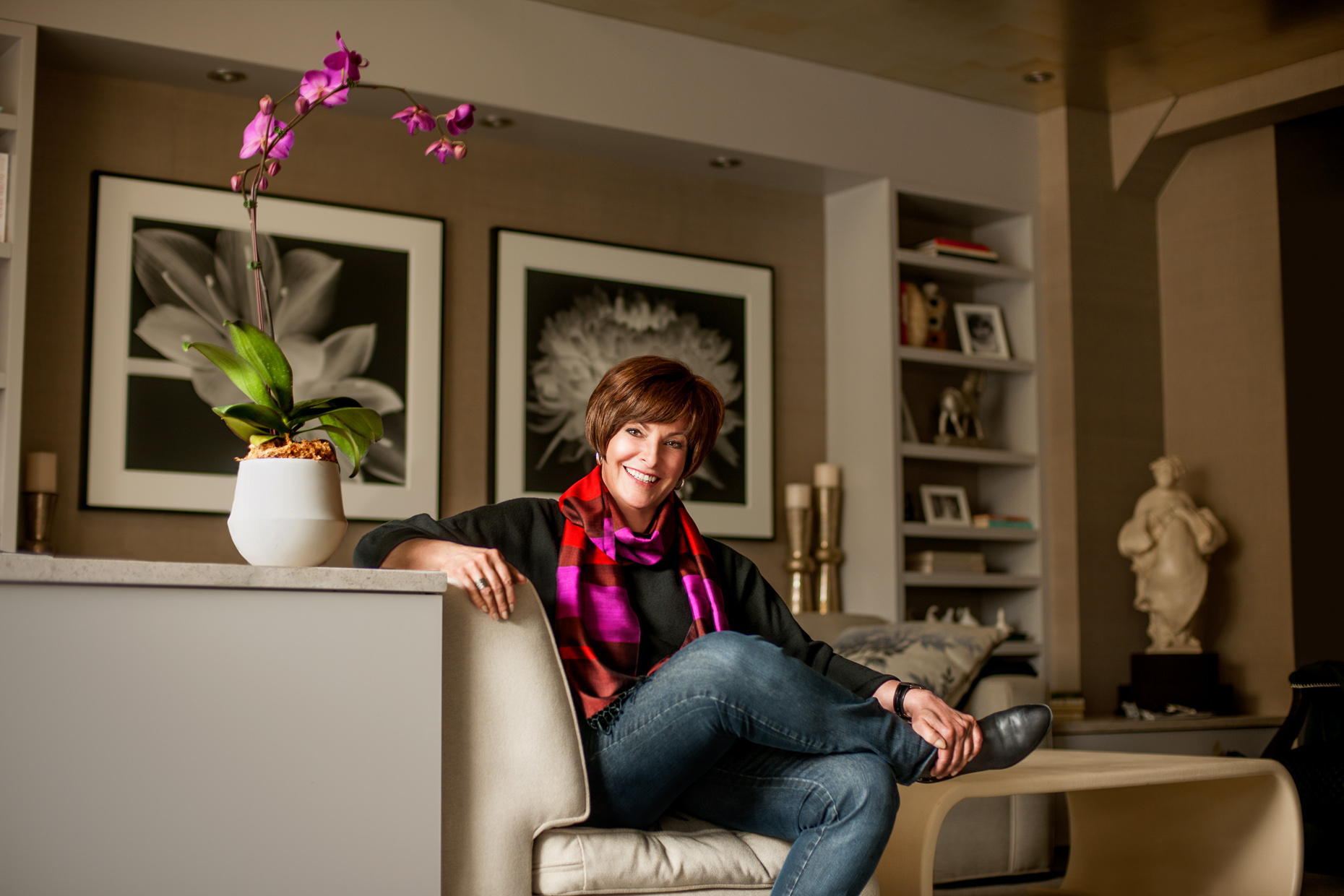 Glenna Crooks PhD in living room | Philadelphia photographer