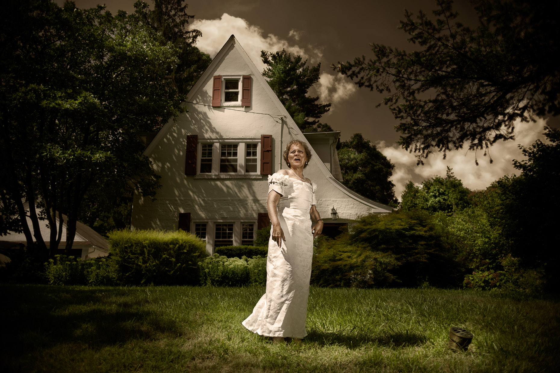 portrait-housewife-woman-wedding-dress