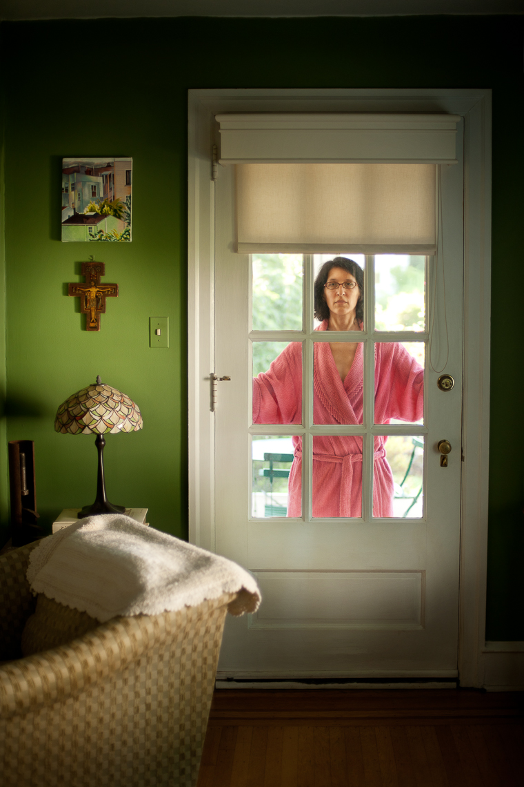 portrait-project-housewife-woman-bathrobe