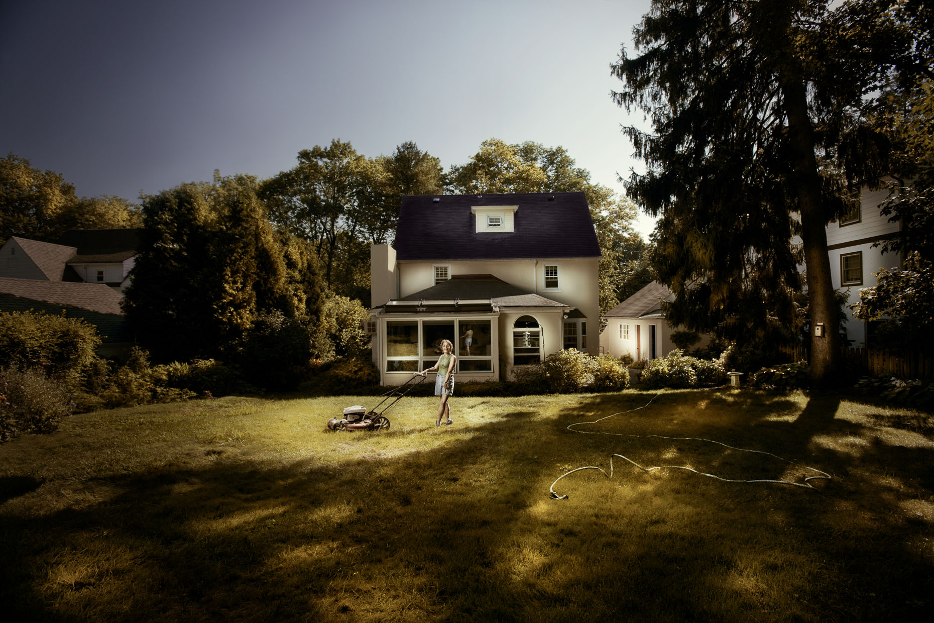portraits-project-housewife-woman-lawn-mower-yard