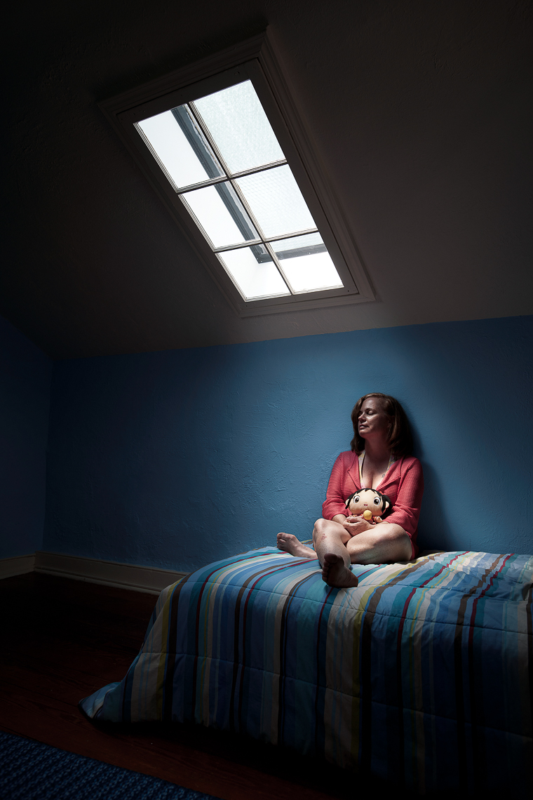 portrait-project-housewife-woman-skylight