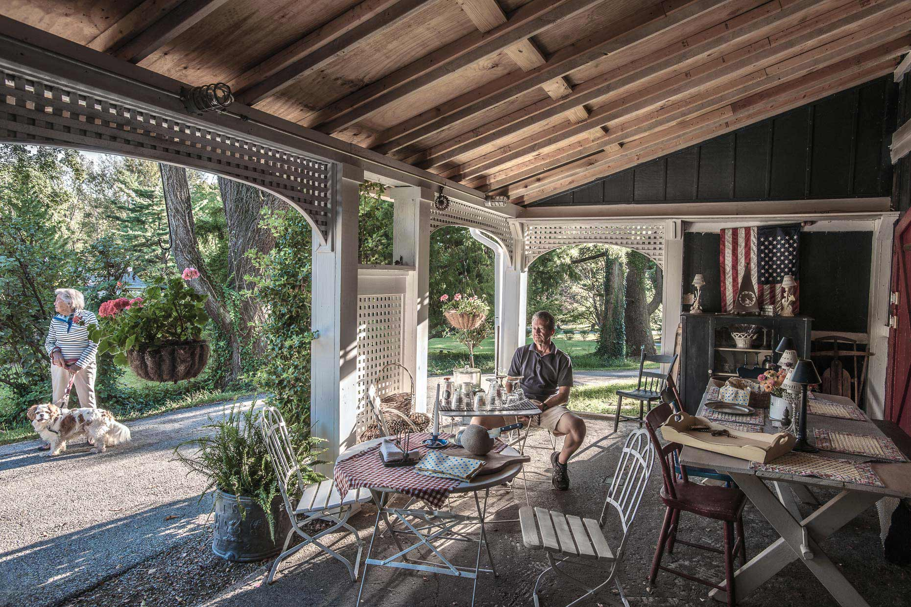 vignettes-portrait-man-scott-outdoor-porch